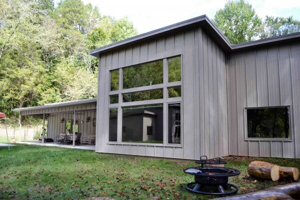 Truoba built house large window in Tennessee